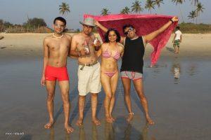 Goa Mai Bhabhi ki Bikini Photos