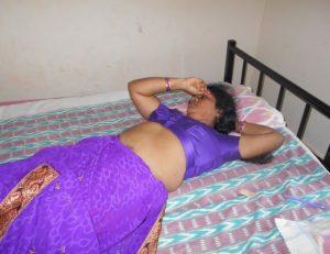 South Indian Aunty ke Bade Boobs
