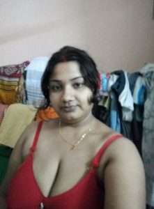 Bengali Wife ke Bade Boobs