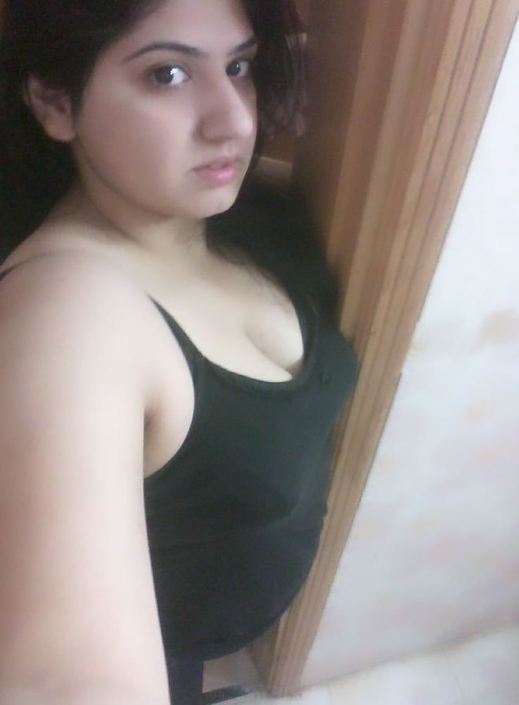 Chubby Indian Girl Ki Chut Pics