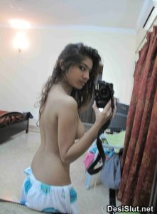 Mumtaz Ke Hot Gandi Selfies