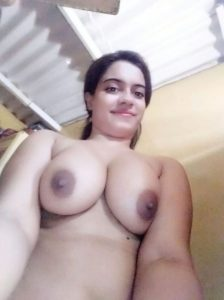 Desi College ki Nude Boobs Selfie