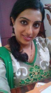 Tamil Girl Hot Selfies in Saree