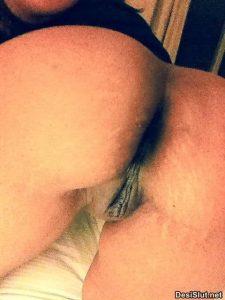 Kinky College Girl ki Boobs & Ass Pics