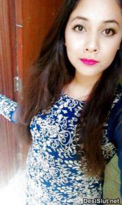 Sexy Indian Ladki ki Nangi Boobs Selfie