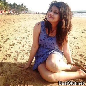 Hot South Indian Model ki Kamuk Pics