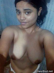 Desi Indian Ladkiya & Aurto ki Nude Pics