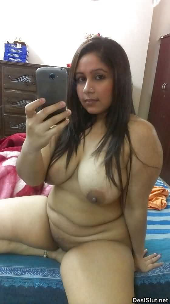 Sexy Gand Wali Indian Bhabhi or Ladkiya