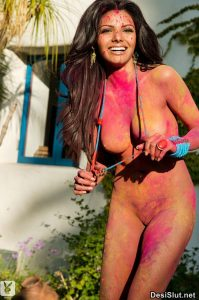 Sherlyn Chopra ki Nangi Boobs Photos