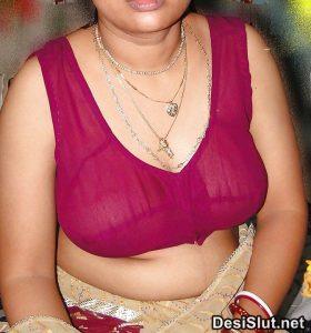horny indian milf naked 8 280x300 - Hot Indian Aunty ki Sexy Boobs Pics