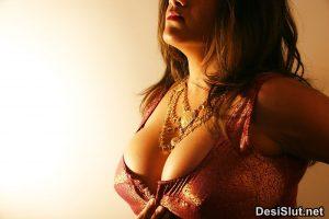 jawan bhabhi ki sexy pics 4 300x200 - Jawan Bhabhi ki Sexy Nangi Photos