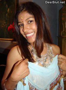 Sexy Punjabi bhabhi ki chudai ke photos