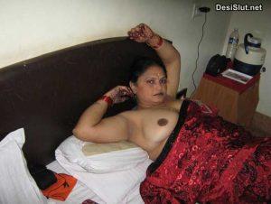 Nude Indian Aunty Lund Chusne ki Pics