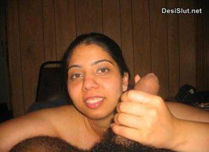 Married bhabhi ne boss ka loda chusa – Blowjob pics