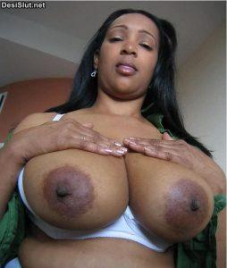 Indian Aunty & Girls big boobs photos