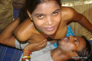 Indian Aunty or Ladkiya ke Mote Boobs Chuse