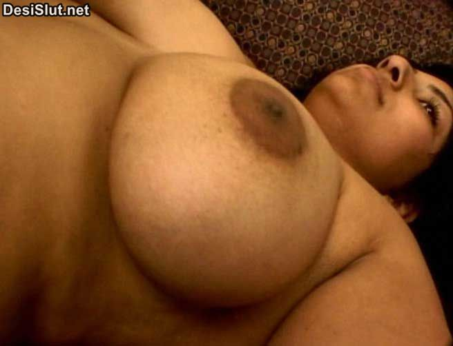 Indian Aunty & Girls big boobs photos