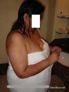 Moti aunty ke sath Suhagrat - Antarvasna Indian porn photos