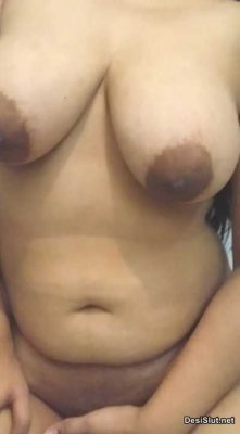 Sexy Bhabhi ne Bathroom may Masti Ki