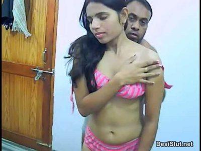 Desi bhabhi aur Uncle ke sex pics