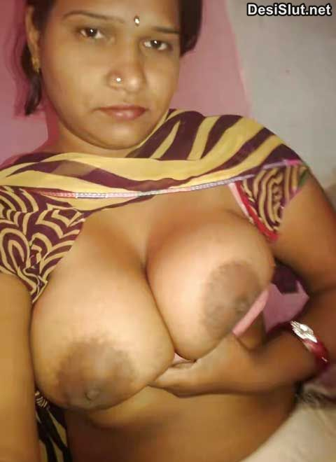 Horny Rajasthani bhabhi ke big boobs aur chut
