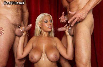 Sexy pornstar ki double chudai ke pics