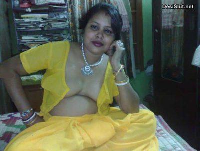 Junior ki Mast Bhabhi ki Nude Boobs Pics