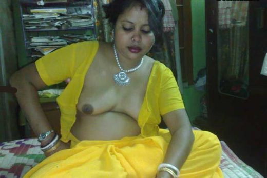 Junior ki Mast Bhabhi ki Nude Boobs Pics