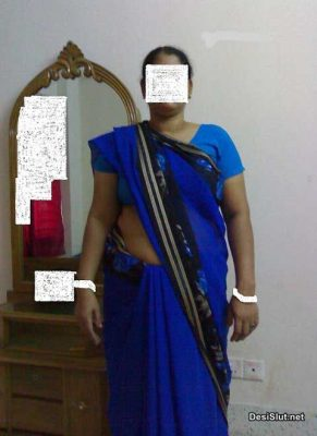 South Indian Aunty ne Gand or Chut Dikhai