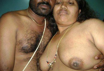 Mallu Indian Aunty ki Naked Boobs ki Photos